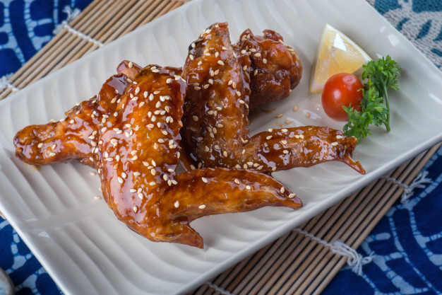Honey Garlic Wings for the perfect movies night!